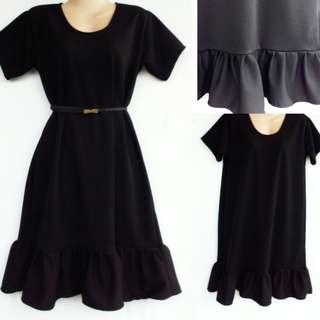 Plus size: ruffled dress in black