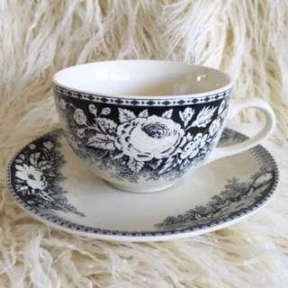 Coco Collection Robert Gordon Floral Teacup & Saucer