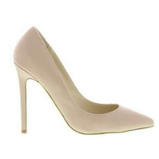 WANTED Tony Bianco Ajana Nude Suede Size 8