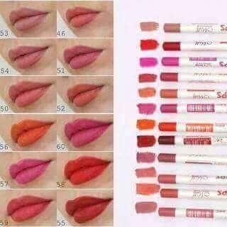 Lip liner set