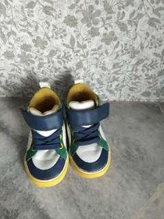 Kasut H&M for boy
