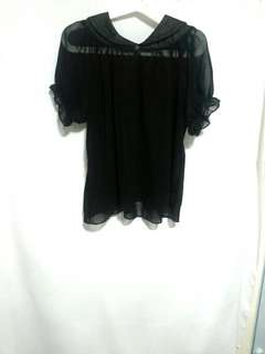 Black Sheer Blouse in Puff Sleeve