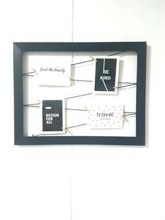 Black wooden frame Photo Clipper Display