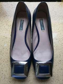 PRADA high heel shoes  size 6 to 7
