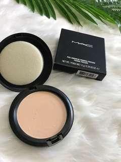 MAC pro longwear pressed powder
