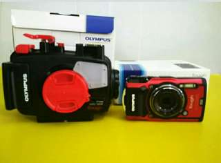 Olympus tg 5 with casing
