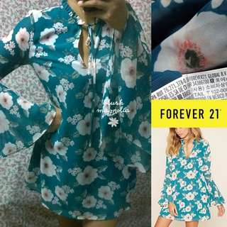Forever 21	Green Bell Sleeved Floral Dress