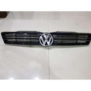 VW Jetta MK6 Grill original