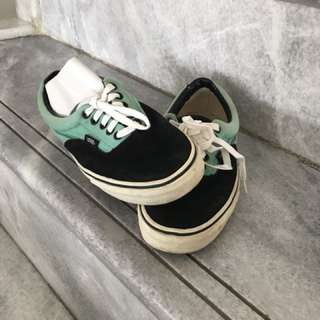 Vans Low Shoes