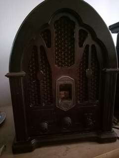 Old radio for antique collectors
