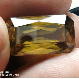 (Collector Zircon)Natural 18.35cts Sri Lankan Honey Zircon(Chrysoberyl hue) Size 17.93x10.05x7.60mm