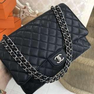 Chanel 黑色荔枝牛皮Jumbo Maxi ,原價52000買的,現在超便宜