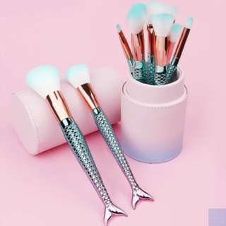 10PCS ROSE GOLD MERMAID BRUSH SET + FREE STORAGE BOX!!