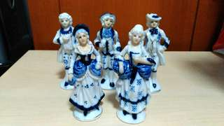 Vintage Victorian ceramic figurines set