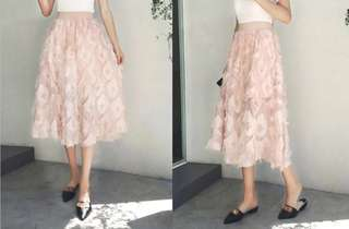 🚚 OshareGirl 05 歐美女士純色羽毛裝飾長裙半身裙
