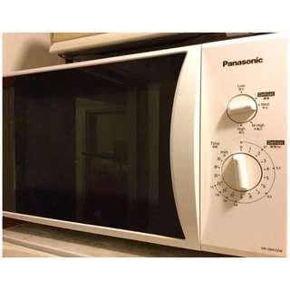 Japan Panasonic  Microwave oven(has deforst function)(4 types of wave frequencies)日本 樂聲牌 微波爐 焗爐 (自動解凍功能)(4段微波烹調選擇)