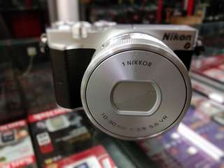 Kamera Mirrorless Nikon J5 Bisa Kredit Daerah Tangerang
