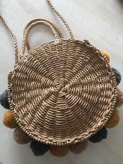 Summer Pom Pom straw bag