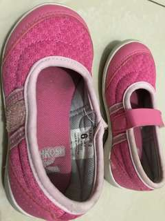 Oshkosh pink shoes