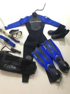 Woman Diving equipment bundle
