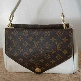 lv shoulder bag white