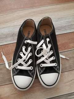Converse Shoes (black and white) original