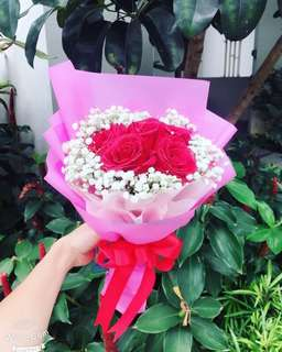 5 Red roes Bouquet