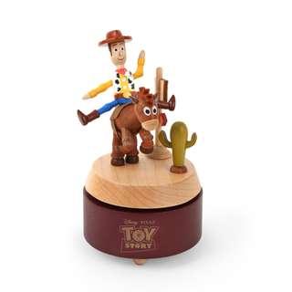 迪士尼 Disney / 玩具總動員胡迪&紅心木質旋轉音樂盒 / D282 / Toy Story 皮克斯 紅心馬