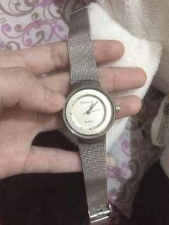 Jam tangan wanita elizabeth