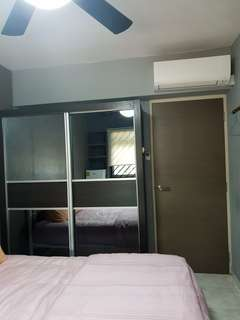 Common Room  for rent  at CCK with aircon and celling fan.Tenant needed female/Couple.no agent fee.