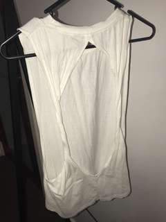 WHITE SLEEVELESS T SHIRT WITH KNOT OPEN BACK