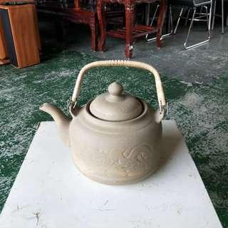 合運二手傢俱~陶瓷茶壺藝品A01390