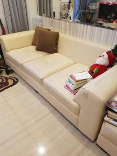Sofa 5 seater bisa bentuk L juga