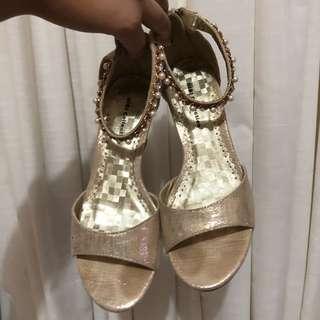 Gibi Gold Heels