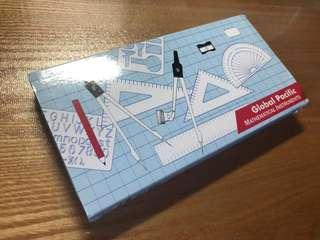 Mathematical instrument set