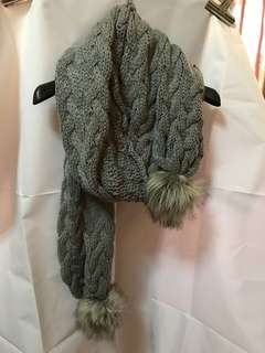 Pre-loved Old Navy Winter Scarf