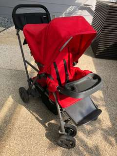 Double-stroller, compact, stable, easy to maneuver