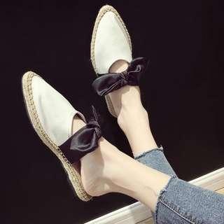 半拖鞋女夏外穿尖頭平底包頭草編蝴蝶結復古森女防滑chic涼拖草鞋