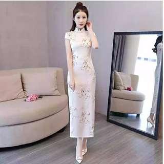 氣質修身唯美白色長款旗袍