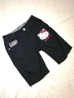 HELLO KITTY Black Bermuda Shorts