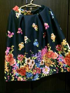 Long Skirt (Flower)