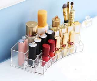 19 lipstick holder