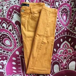 Mustard Jeggings /Skinny Jeans