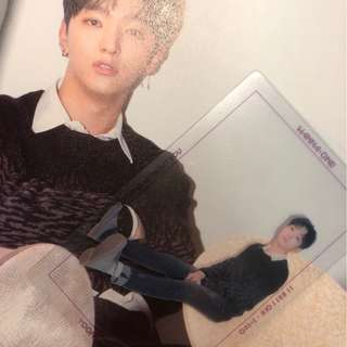 """wanna one """"1 - 1 = 0 (NOTHING WITHOUT YOU)"""" Jisung photocard ( one ver. )"""
