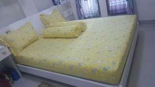 Bedcover aja