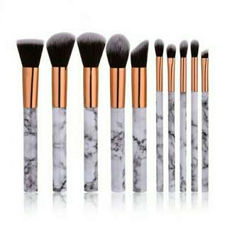 Brush set new