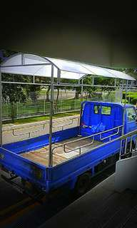10ft lorry with driver ( Cheapest in town) Early booking for more offer