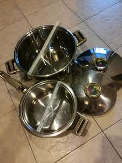 Stainless steel pots (two units)