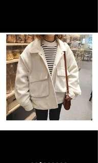 🚚 純色白色毛呢大衣外套