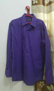 Kemeja Alisan laki laki ungu lengan panjang ungu